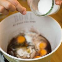 preparazione muffins al cacao senza glutine