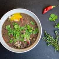 zuppa di fagioli neri costaricana